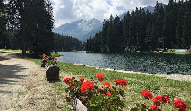 SAN BERNARDINO, Svizzera: al LAGO d'ISOLA in mountain bike o a piedi.