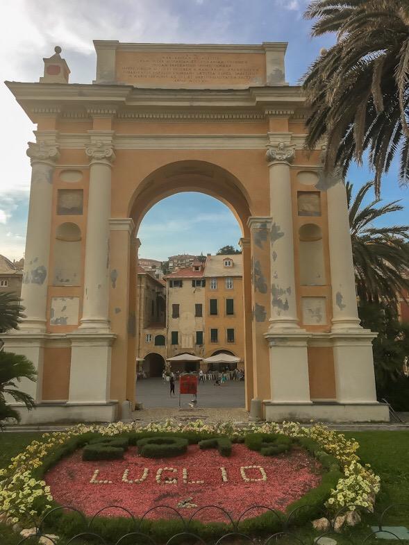 Arco di Margherita di Spagna a Finale Ligure