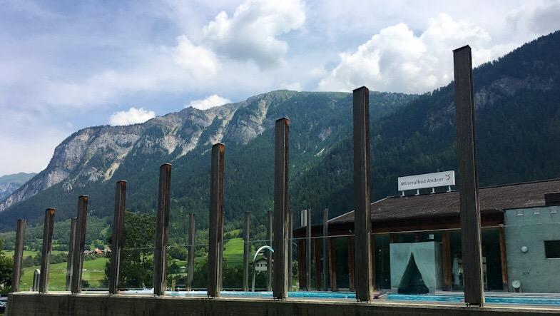 Le terme di Andeer tra i monti della Valle dello Schams