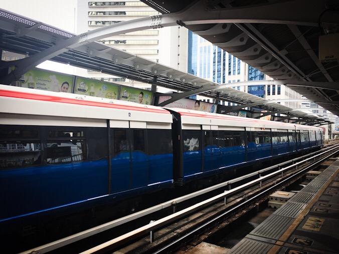 Treno skytrain a Bangkok