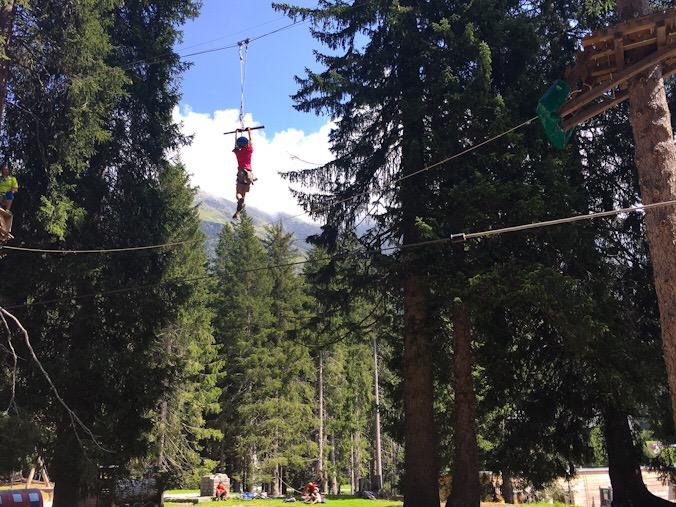 Parco avventura con bambini in svizzera