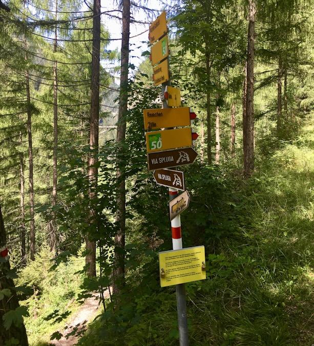 Cartelli segnaletici via Spluga