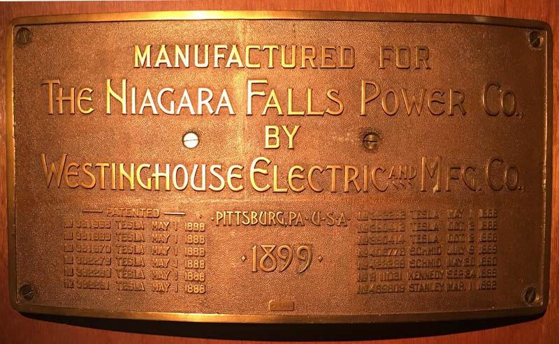 Targa commemorativa brevetti di Tesla alle cascate del Niagara
