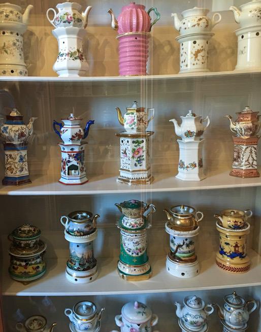 Collezione teiere a Villa Della Porta Bozzolo