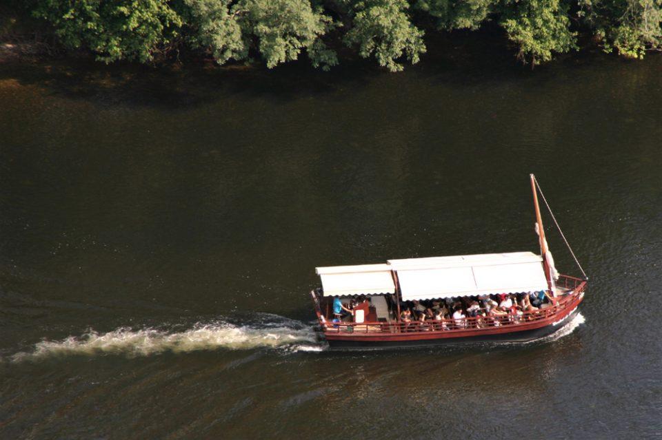 gabarre tipica imbarcazione dordogne