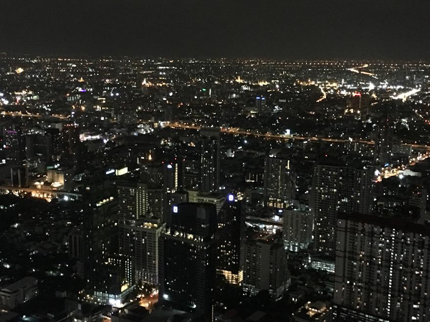 Panorama di Bangkok dallo skybar e Skyrestaurant Bayioke Sky Hotel: imperdibile in un itinerario in Thailandia