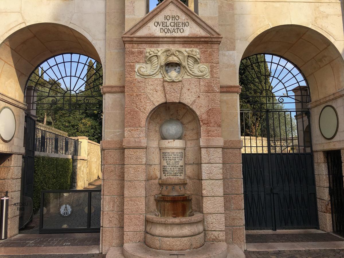 Ingresso a Il Vittoriale degli Italiani a Gardone Riviera