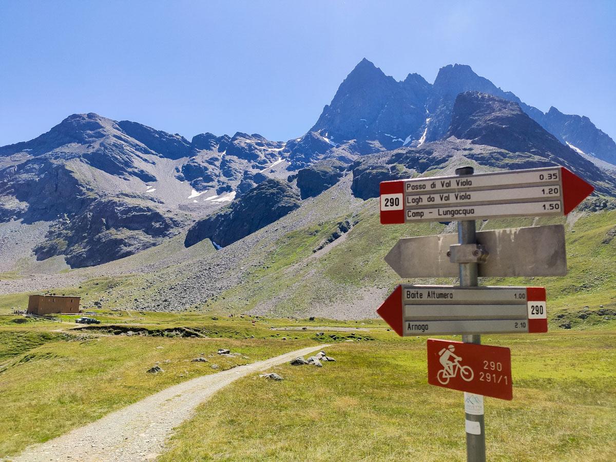 Val Viola, bivio Rifugio Viola e Passo di Viola