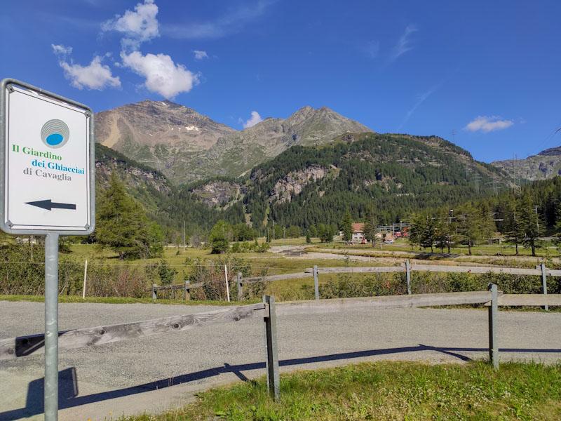 Indicazioni stradali per raggiungere il giardino dei ghiacciai di Cavaglia