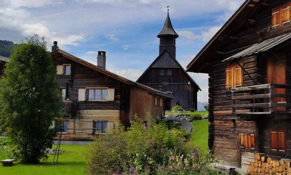 OBERMUTTEN: caccia al tesoro alla scoperta della cultura Walser