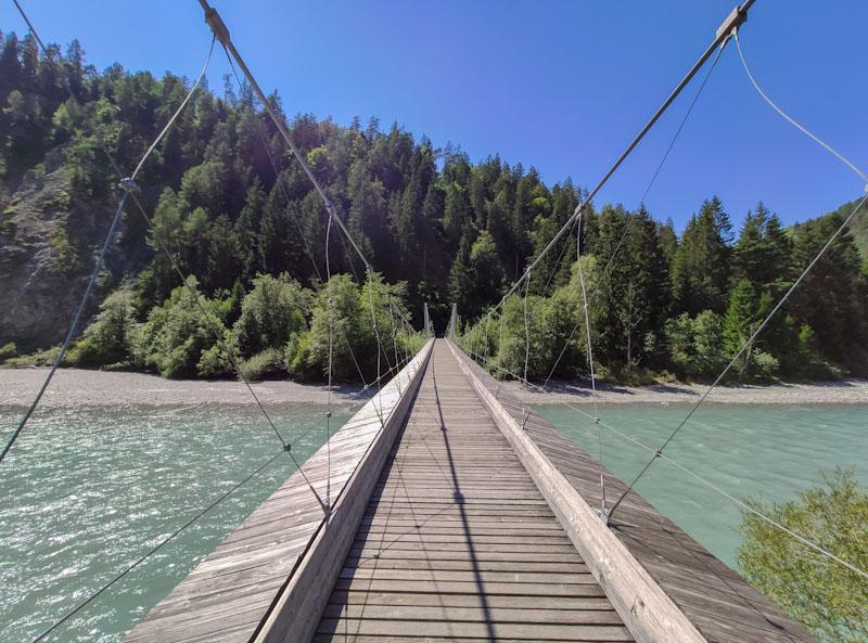 Gole del Reno ponte sospeso a Trin