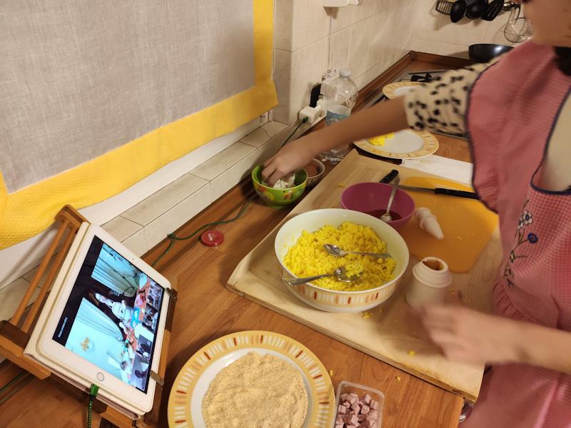 Viaggiare dalla cucina: arancini siciliani